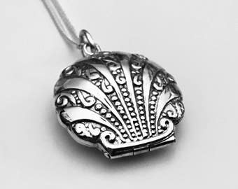 Seashell Locket, Shell Necklace, Shell Locket, Victorian Locket, Sterling Silver Pendant, Sterling Silver, Gift Necklace, Gifts for Her