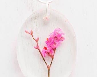 Oval Dried Pink Statice Flower Resin Pendant