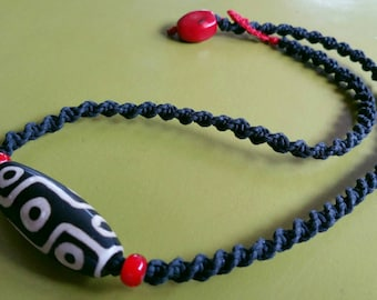 Tibetian Nine Eyed Dzi Bead Pendant Red White Heart red Coral Handwoven Macrame Zen Necklace