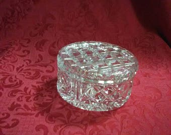 Vintage clear round crystal trinket dish with lid. Checked pattern.