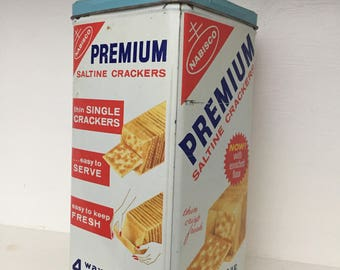 Vintage Nabisco Saltine Cracker Tin with Vintage Recipe Cards - Gift Set
