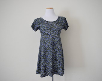 FREE usa SHIPPING Vintage women's 1990's fit and flare blue floral rayon mini dress revival grunge sundress skater dress size 7/8