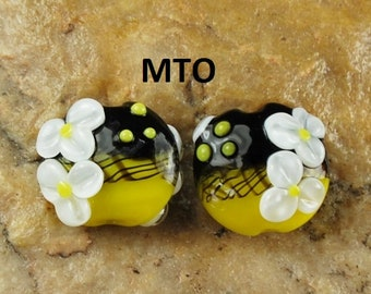 Lampwork Beads, Glass Beads, Made To Order, Yellow White Daisy, Flowers, Earring Beads SRA #210 by CC Design