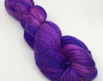 BEE BLISSFUL in Cadbury Girl / alpaca, cashmere and silk / 4 ply yarn / 100 g / 400 m
