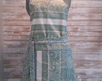 Blue and Green Paisley with White enhancement- Reversible