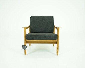 310-117.1 Oak Lounge Chair Danish Mid Century Modern