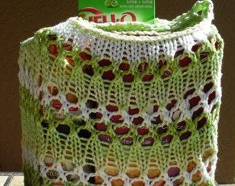 Farmers Market Bag String Bag Grocery Bag Beach Bag Tote reuseable green light green white hand knit in 100% cotton. Be green