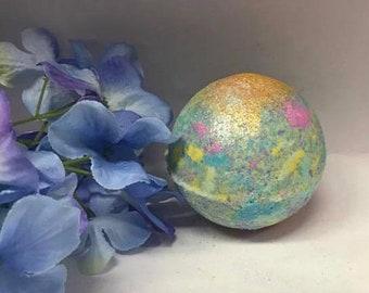 Mermaid Kisses- Bath Bomb- Earthy- Floral- Moisturizing- Bubbles- Foam- Bath fun