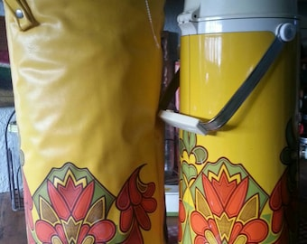 Mid Century  Modern Vintage Camper Trailer Picnic Coffee  Thermos  with  Insulated Case