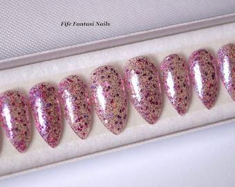 Clear stiletto nails, Nail designs, Glitter nails, False nails, Acrylic nails, Pointy nails, Fake nails, press on nails, kylie jenner, nails