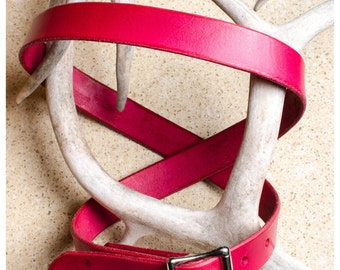 "Simple red leather belt - 38"" (fits 36""-40"")"