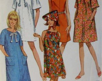 Vintage Simplicity 1967  Simplicity Jiffy Pattern #7138  Misses Robe or Dress & Hat in Three Lengths  Size Small 10-12