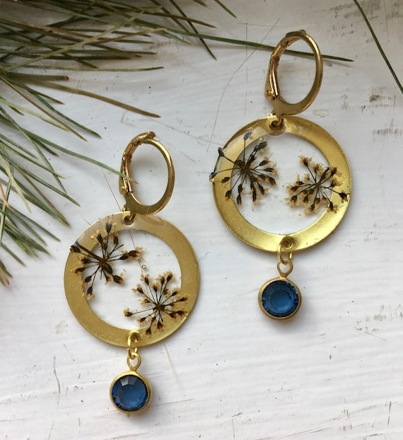 Queen Anne's lace brass earrings with Swarovski crystal