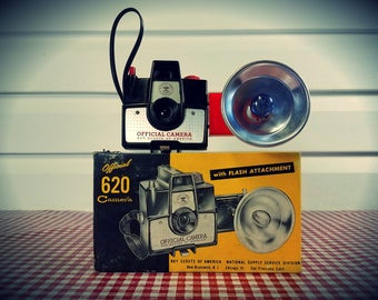"""Vintage 1960s Imperial Mark XII """"Official"""" Boy Scout Camera, Ready to Shoot..."""