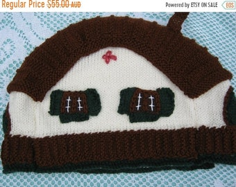 ON SALE Tea Cosy Tea Cozy - Hand Knitted, Hand Knit Vintage Style, Teapot Cozy, Teapot Cosy