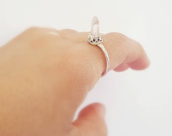 7 1/2 Quartz Point Ring / Quartz Ring / Point Ring / Silver Ring / Raw Crystal Ring / Oxidized Sterling Silver / Crystal Point Ring/ BOHO