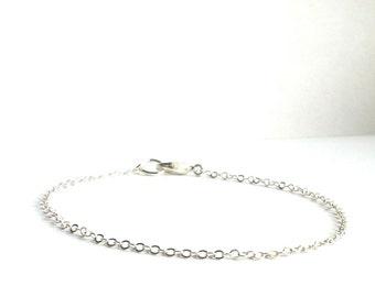 Thin Silver Bracelet, Simple Silver Layering Bracelet, Silver Minimalist Bracelet, Delicate Silver Everyday Bracelet, Dainty Chain Bracelet