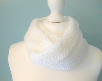 Knit infinity scarf for women, unique handmade scarves, knitted neck warmer, white circle scarf, women's knitwear, 21st birthday gift