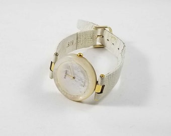 Tissot R-150 Authentic Mother of Pearl Rock Watch Working