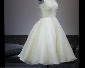 Ls61/Bianca / short weddingdress/ silk organza  weddingdress