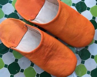 Moroccan Leather Babouche, Orange Leather Mule, Orange Babouche, Moroccan Babouche, Orange Leather Slipper, Orange Boho Leather House Shoes