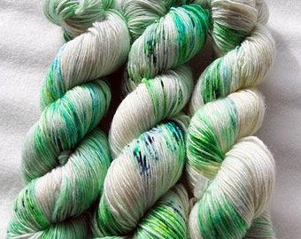 Merino SINGLE yarn, 100 %  100g 3.5 oz.Nr. 118