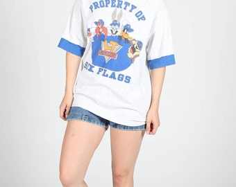 LOONEY TUNES Vintage T Shirt Grey Blue Warner Brothers Cartoon USA Bugs Bunny Daffy Duck Sylvester Tasmanian Devil Class Of College Sports