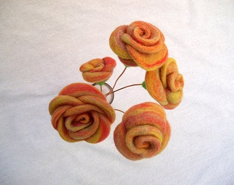 5 felted roses, woollen flowers, needle felted floral arrangement, home decor, thanksgiving (set of 5)