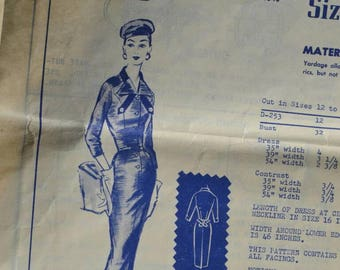 Vintage 50s or 60s Sewing Pattern Modes Royale D-253 Fitted Dress with Pencil Skirt