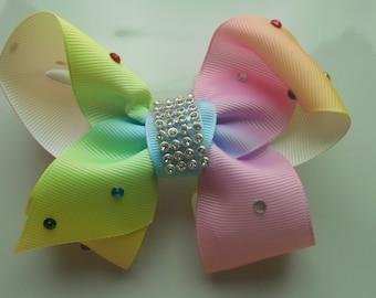 1 Pale Rainbow Girl's Hair Clip
