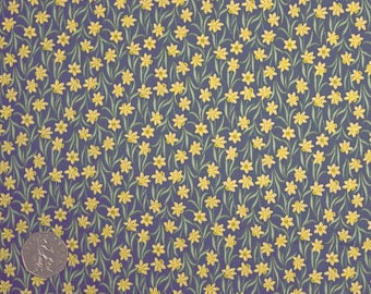 Lewis & Irene FLO3 4 Little Tete-A-Tete Daffodils on Charcoal/ Navy 100% Cotton Patchwork/ Dressmaking Craft Fabric