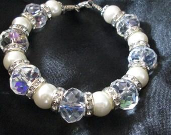 Crystal Pearl & Tibetan silver bracelet