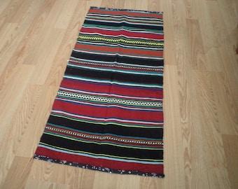 free shipping VINTAGE TURKİSH  kilim Anatolian handwoven kilim rug  decorative kilim - SİZE : 25'' X 45 '' (62 cm X 113 cm)