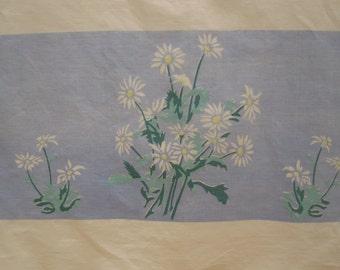 1950's Daisy Tablecloth
