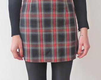 Tartan mini skirt from the 90's, Benetton tartan skirt, Benetton tartan wool skirt, Vintage tartan skirt, Vintage Benetton skirt, red tartan