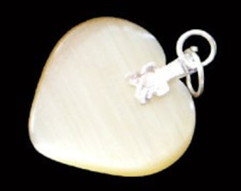 27mm Tan Beige Cats Eye Fiber Optic Heart Pendant With Silver Bail