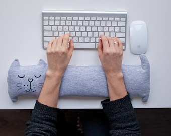 Keyboard wrist rest pillow Keyboard pad. Heating pad. Ergonomic Computer pad. Heat pack. Back to school ideas. College supplies