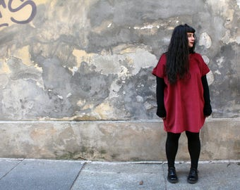 Mini dress/Maxi jacket in velvet with a thousand lines magenta