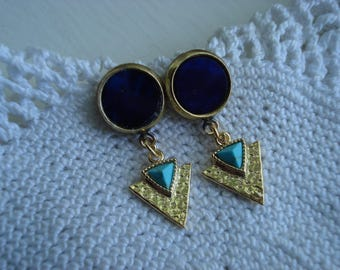 Vintage Royal Blue Lapis Lazuli Glass and Turquoise Hammered Gold Arrowhead Triangle Dangle Earrings Native Tribal Inspired