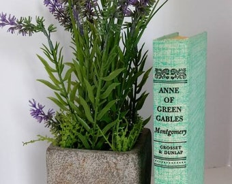 Vintage Anne of Green Gables 1935. First Love. Green book. For girl's room, shelf display, or reading.