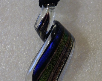 Twisting Glass Spiral Pendant Necklace