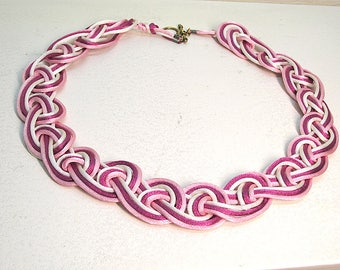 Go Eight Figure Silk Collar Necklace