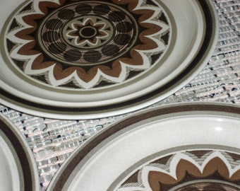 Royal China USA Aztec Pattern - Omegastone Dinner Plates - Set of 3