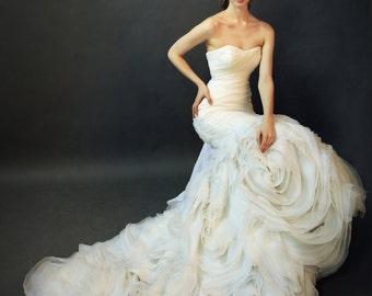 LS7/ Rosemary/ Mermaid wedding dress with ruffle rose skirt