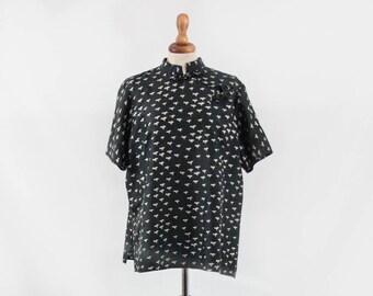 1940s blouse, mandarin collar, oriental style, original forties, short sleeve top, silk top, 40s shirt, sartorial made, grey top