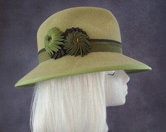 Spring Green Fedora. Wide Brim Women's Hat. Racing Fashion Hat with Ribbon Cockades. Mint Green and Olive Fur Felt Fedora. Ladies Millinery.
