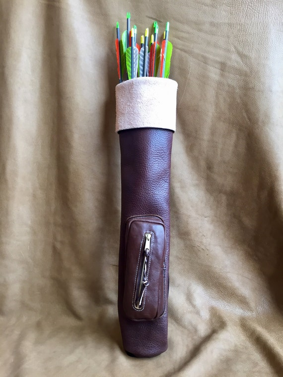 Traditional Leather Shoulder Quiver