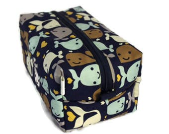Boxy Bag Cosmetic Bag Dopp Kit Toiletry Bag Travel bag Makeup Bag in Happy Whales
