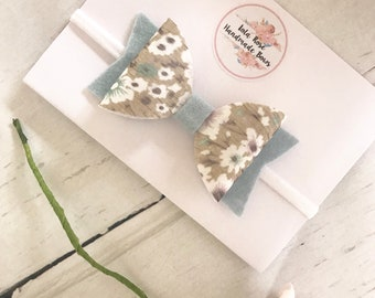 Champagne Flower Bow