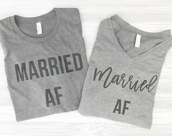 Married AF - Husband and Wife Shirt Set - Just Married shirt set - Wedding gift - Bridal shower gift - Honeymoon shirts - Honeymoon